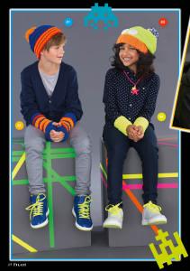 арт 260 (Размер: 128/146    Пряжа: 65м/50г    Количество:   Шапка на мальчика: 100 г синей и по 50 г оранжевой и красной пряжи  Шапка на девочку: 100 г желтой и по 50 г оранжевой, белой и синей пряжи )